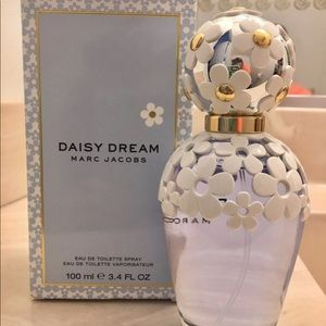 Marc Jacobs daisy dream. Great batch #'s
